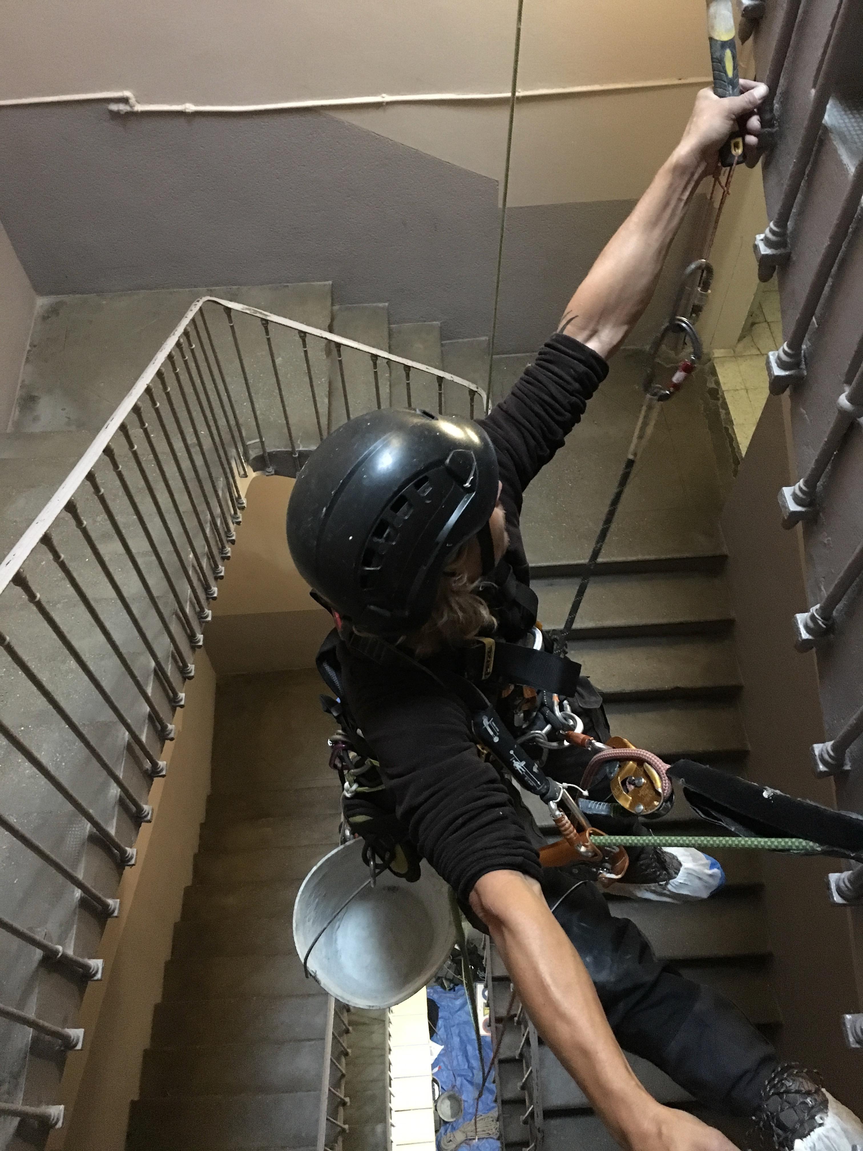 R novation de la cage d 39 escalier d 39 un immeuble nos travaux - Renovation cage d escalier immeuble ...